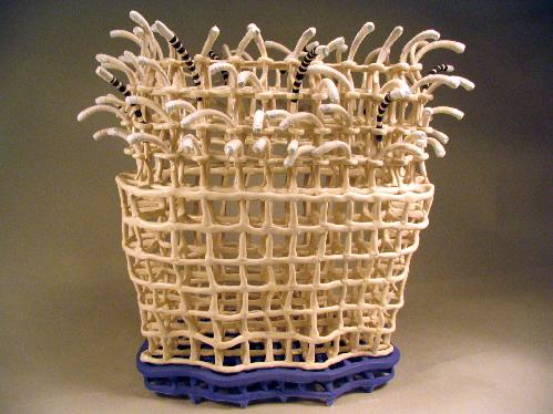 Jerry Bennett (USA)  handbuilding delicate paper clay structures  Early blog on fibre sources for making paper clay.  Website: www.jerrybennett.net